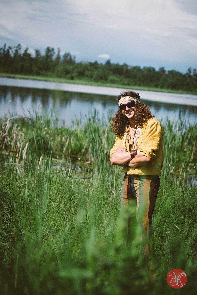 2-man-hippie-love-lifestyle-photography.jpg