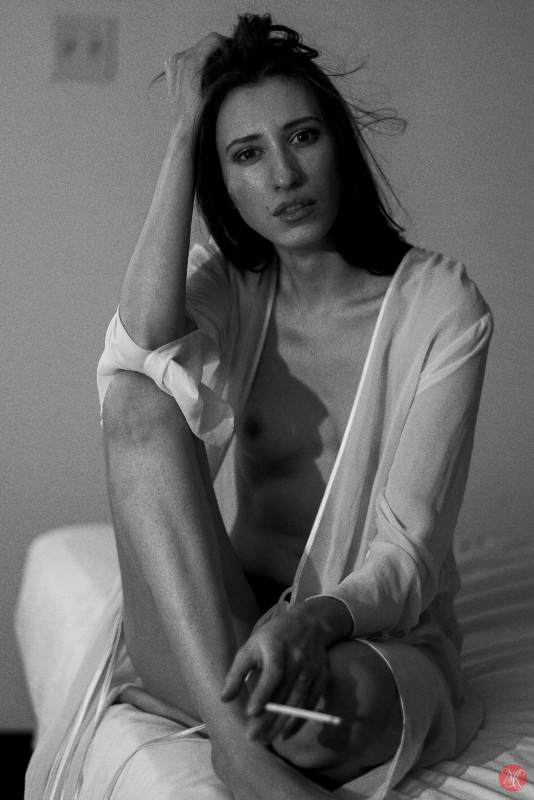 Kate Snig model woman portrait nude