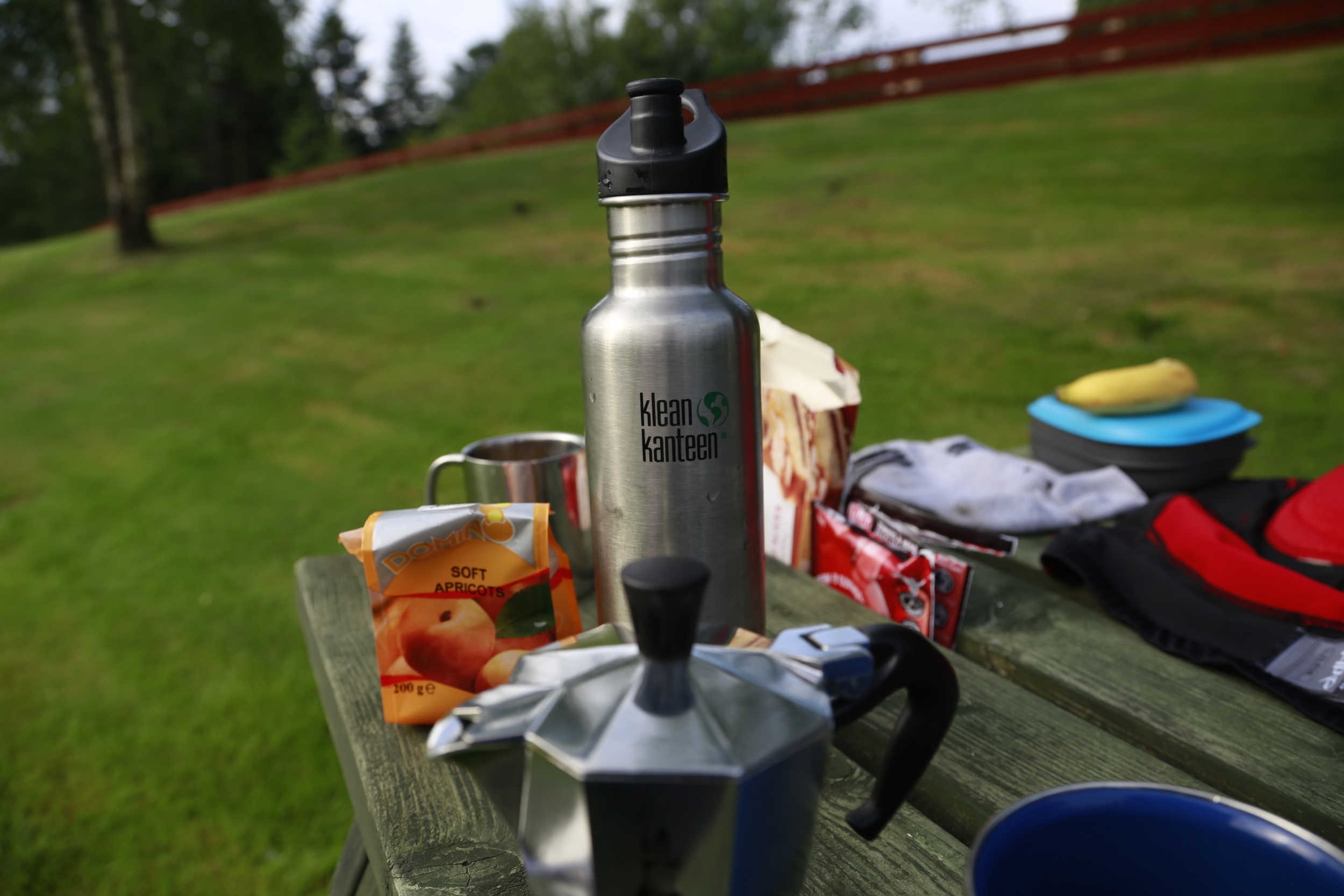 klean kanteen, klean, kanteen, bottle, 27oz, 800ml, bicycle touring, camping, cycle touring, tour, camp site,