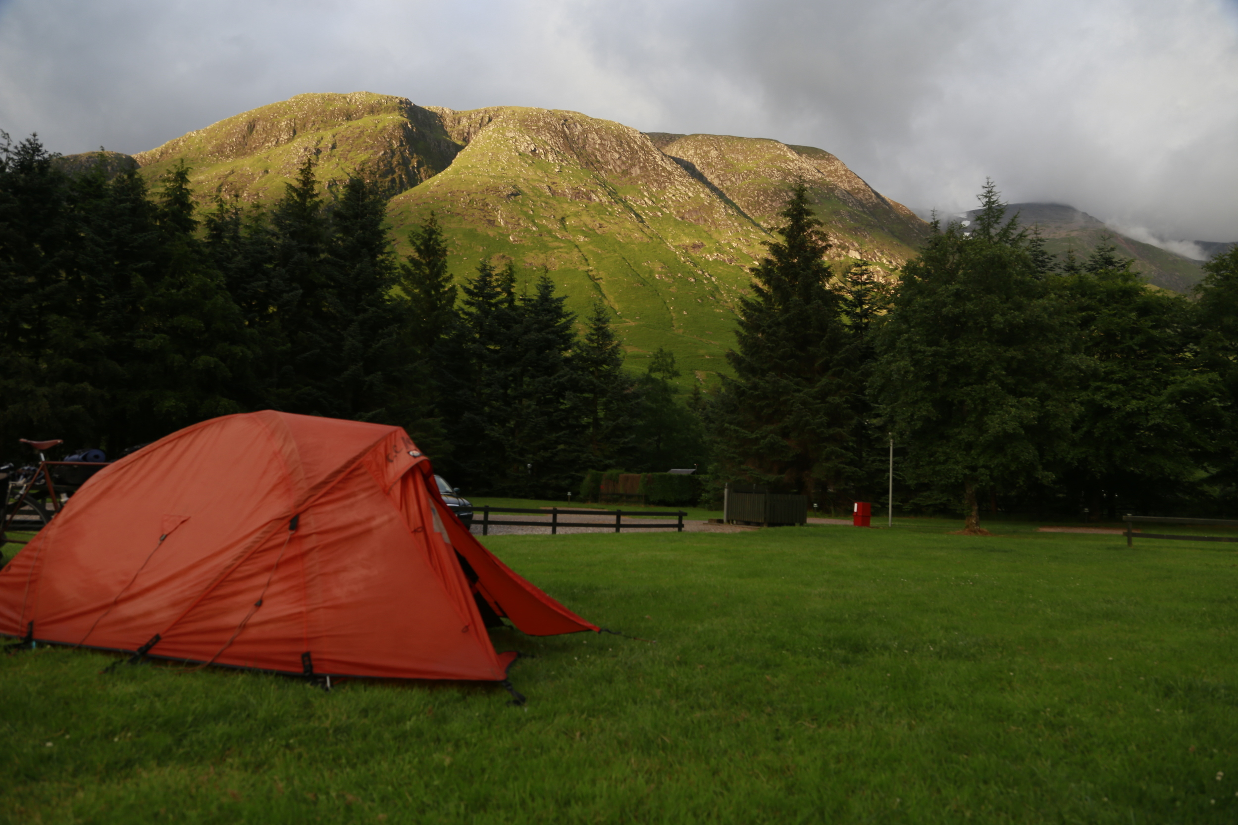 scotland, snowdonia, nature, wild, camping, hilleberg, hiking, lost, forest, fire, camp, swiss army, leatherman, sleeping bag, escape, scenery, tent, stove, MSR,