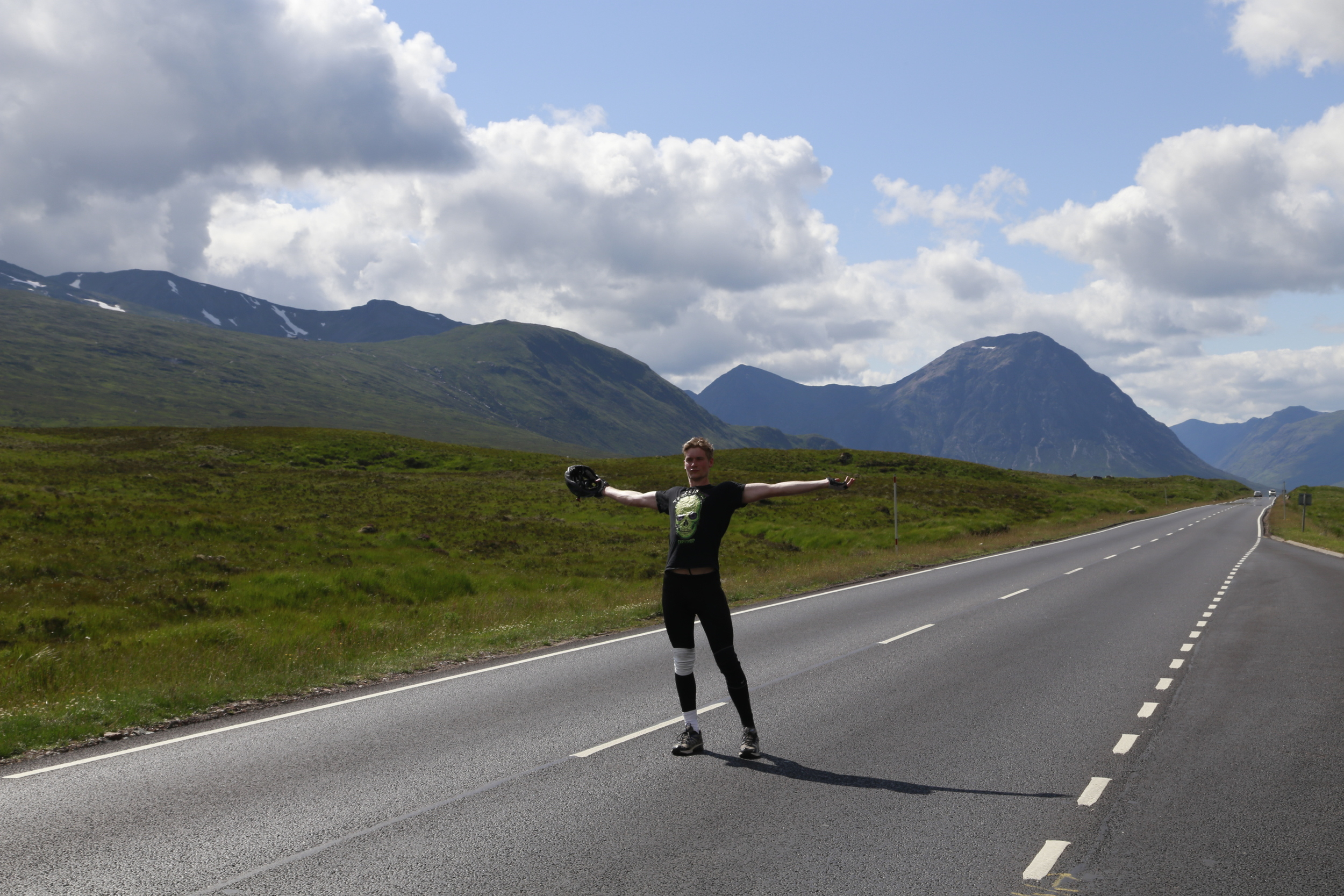 scotland, glen coe, empty road, bike tour, road cycling, bike trails, bicycle gear, 29er, 29er mountain bikes, bicycle touring, bike tours,