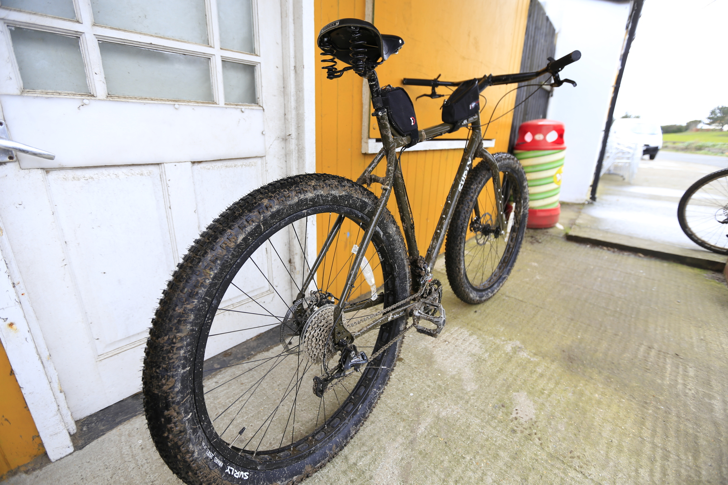 "surly ecr, surly bikes, ecr, surly, revelate designs, fat bike, fat biking, mtb, 29er, knards, 3"" tyres, photography, gear review, blog, bicycle touring apocalypse"