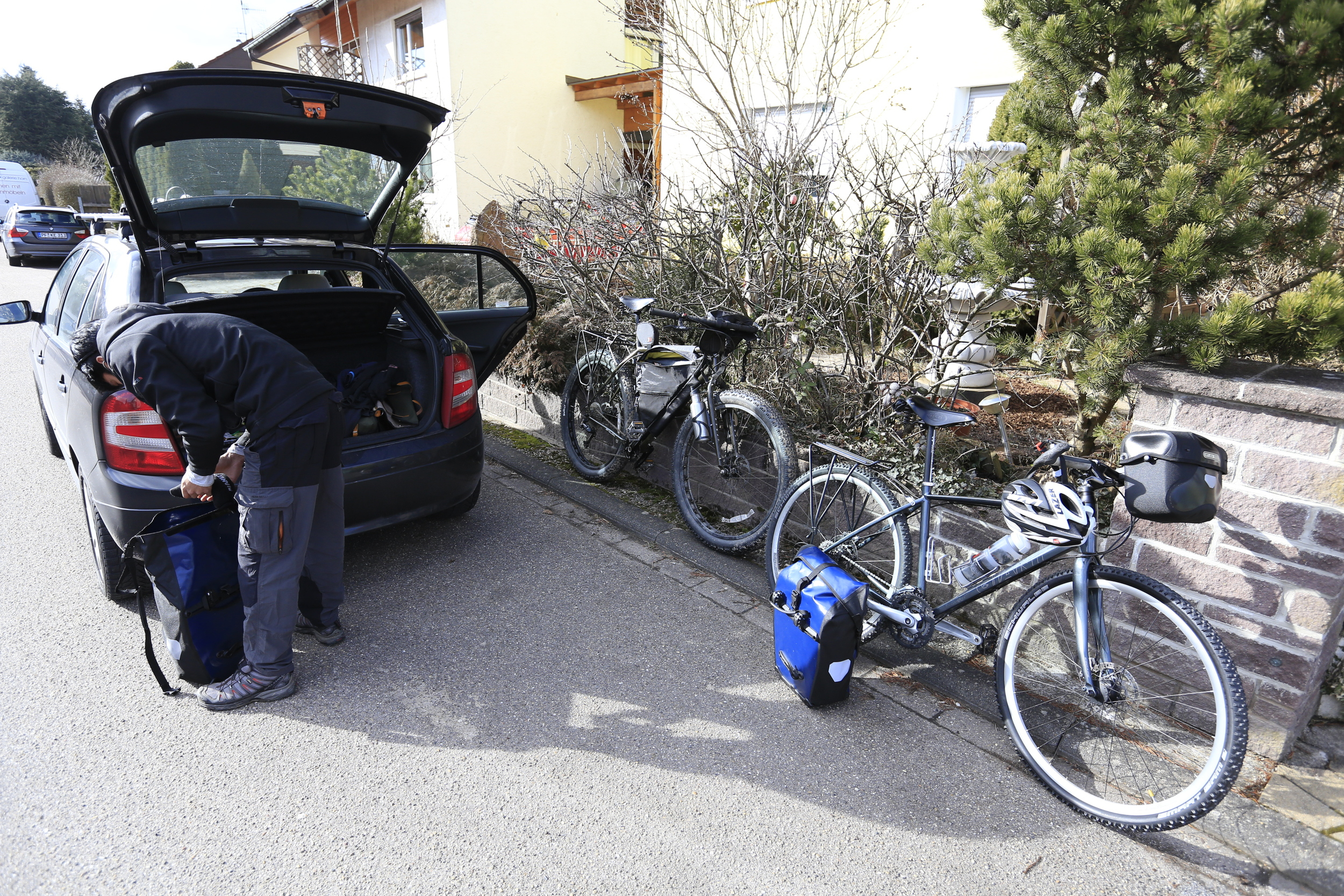 Loading up the bikes.