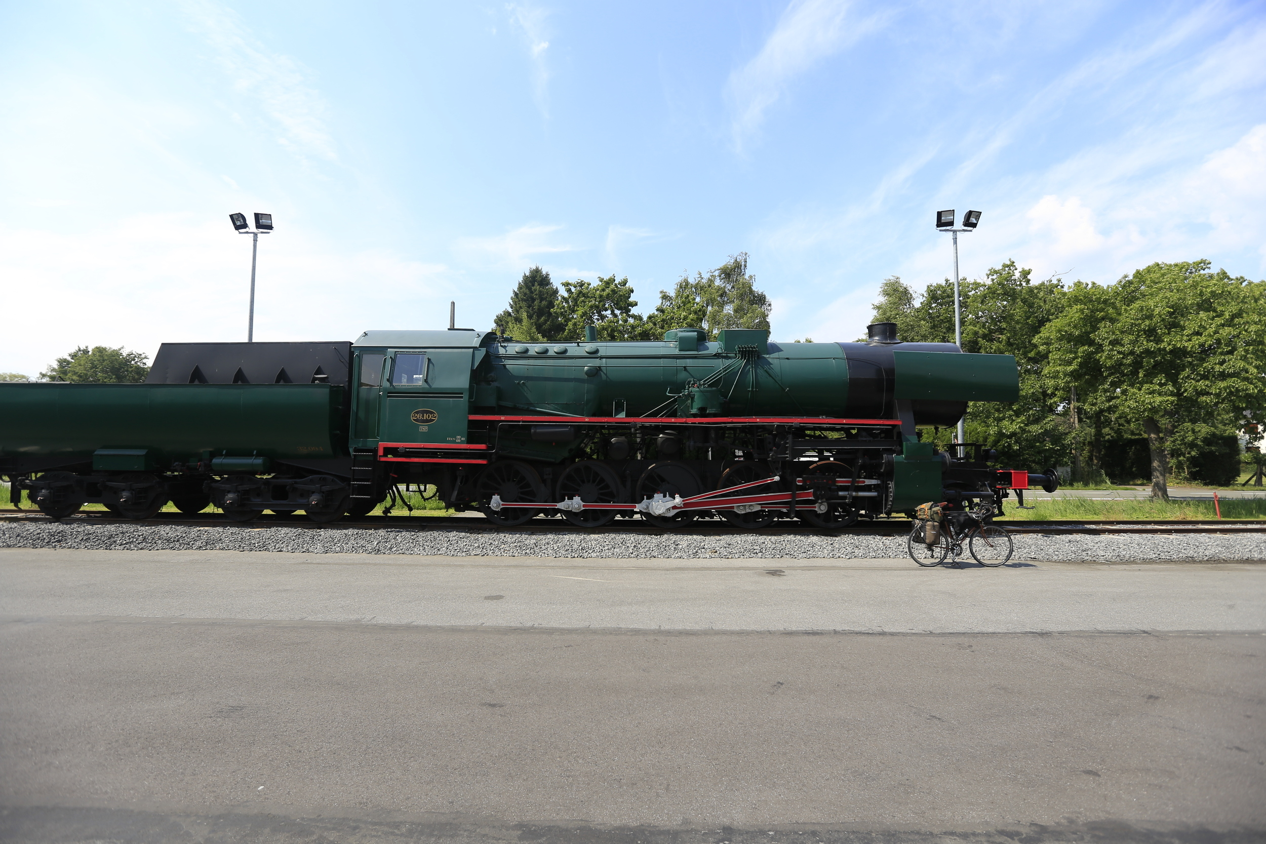 steam train, train, locomotive, photo, canon, canon 6d, ef 16-35mm, landscape photography, visit belgium, explore, cycling, ride