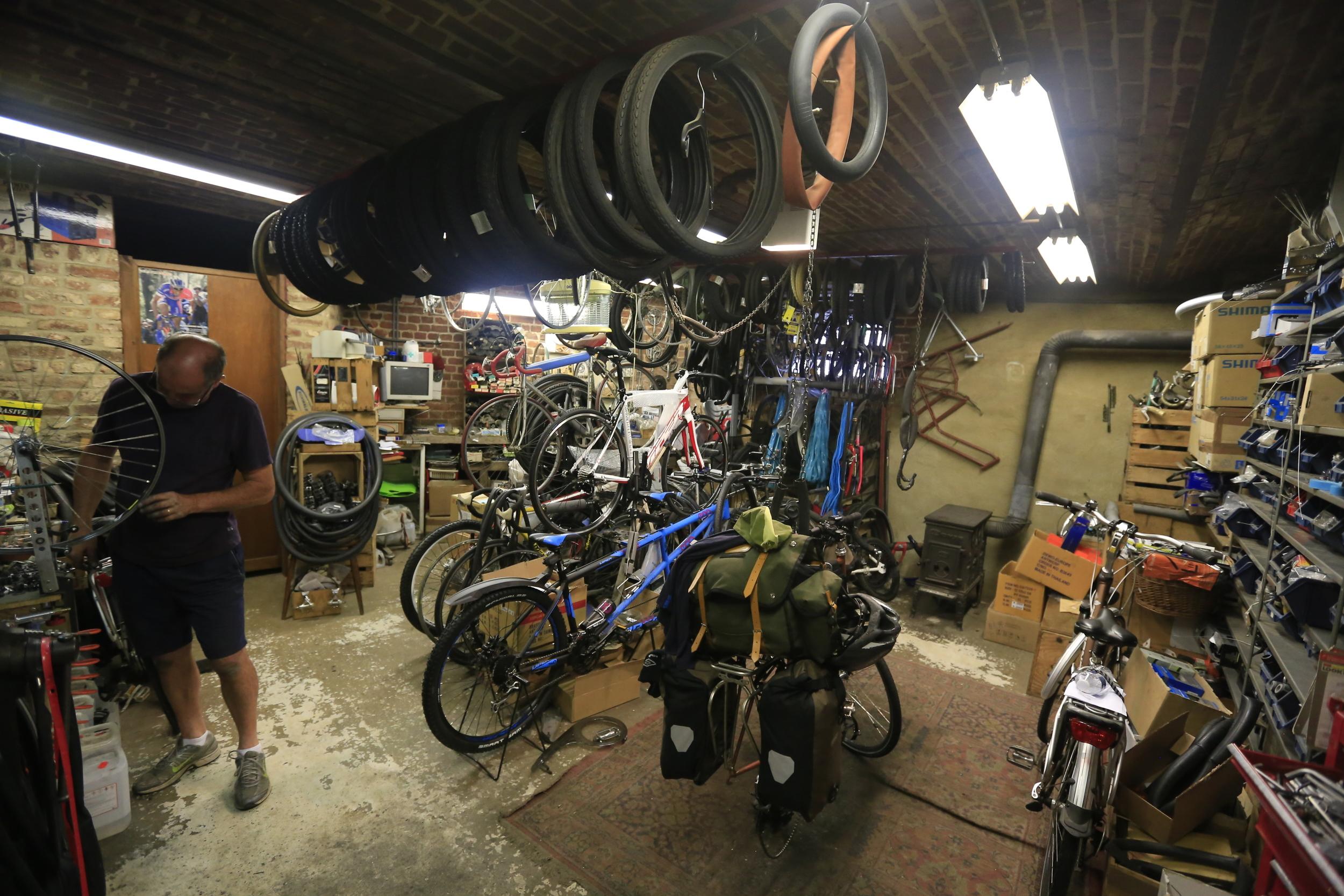 bikepacking, cycling shop, cycle store, cycling gear, touring, bike tours, bike routes, bike route, bike touring, surly, pannier, ortlieb, steel frame, lejog, Carradice, Brooks, fat bike, Garmin, bicycle touring apocalypse, Schwalbe, Mavic, Tubus,