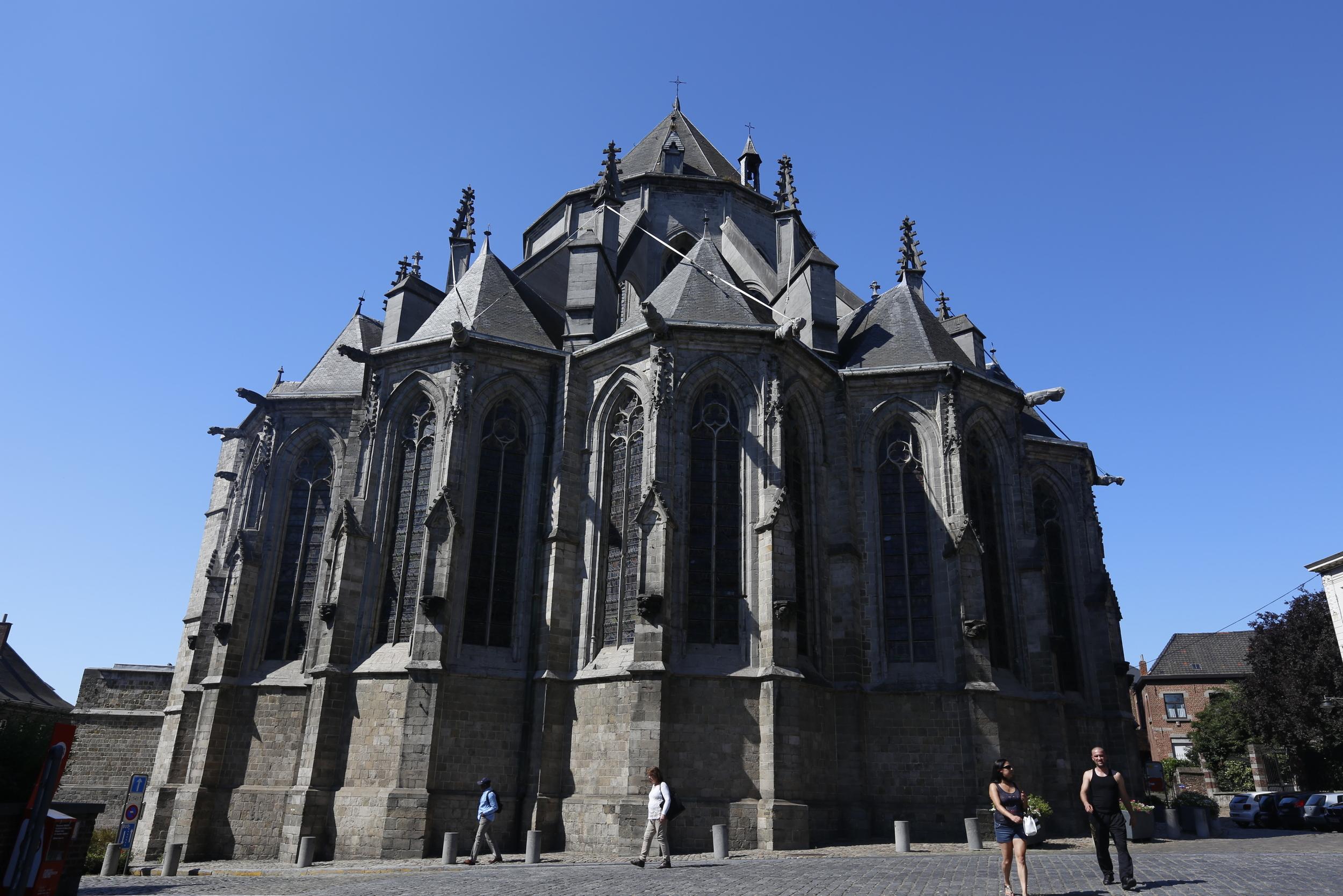 mons, mons cathedral, visit mons, visit belgium, blog, bicycle, bikes, mountain bike, cycle gear, road bikes, road bike, raleigh bikes, bicycles, bike parts, mountain biking