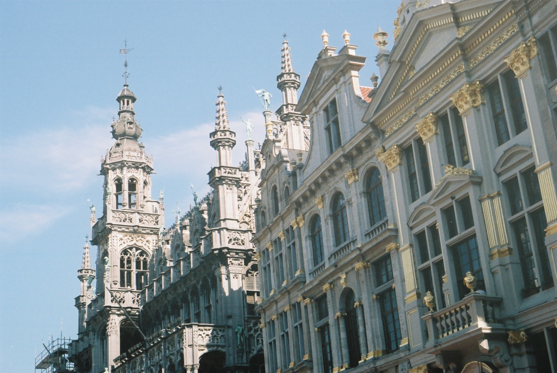 Brussels, visit brussels, visit belgium, architecture, architecture photography, canon, canon ae-1, explore, travel blog, bikepacking blog, cycling, cycling blog, building, bicycle touring apocalypse, surly, surly bikes, raleigh, raleigh bikes