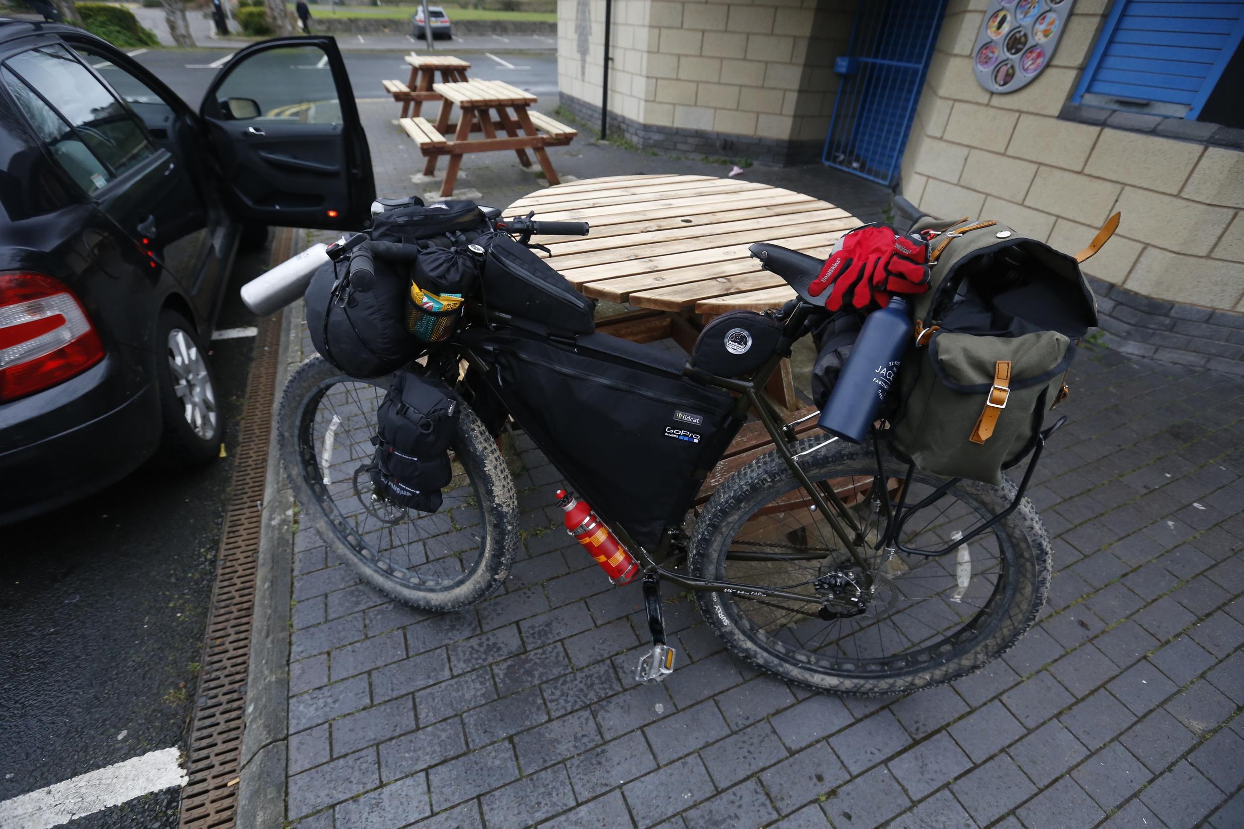 "surly, surly ecr, surly bikes, bicycle touring apocalypse, bikepacking, bikepacking bike, 29er, knards, 3"" tyres, fat bike, fat bike touring, cycling, cycling blog, bikepacking blog, travel, explore, travel blog, photography blog"
