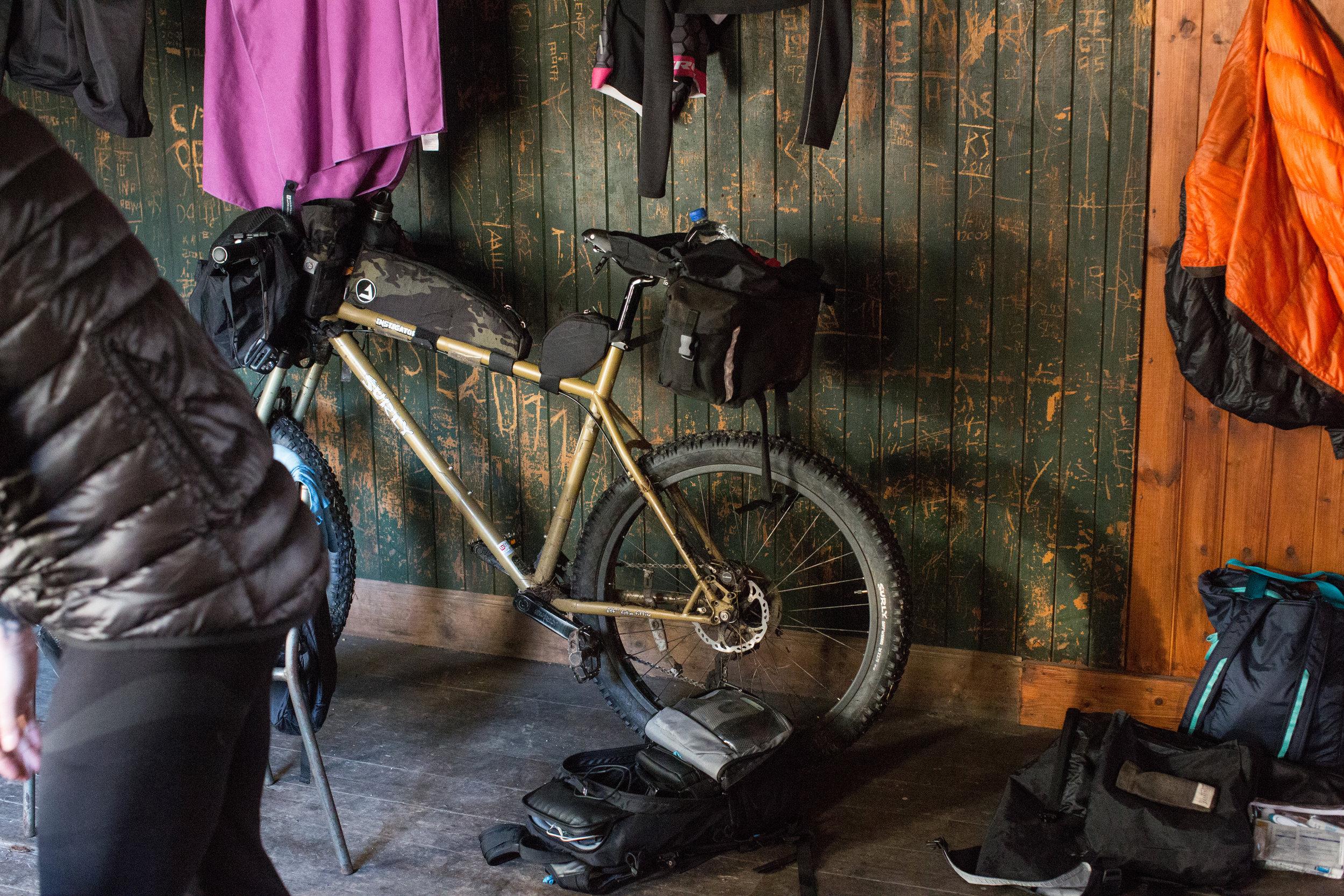 surly, surly bikes, j paks, j paks frame bag, j paks farvapak, farvapak, surly Karate Monkey, surly instigator, surly ecr, ecr, karate monkey, bikepacking, bicycle touring apocalypse, jack mac