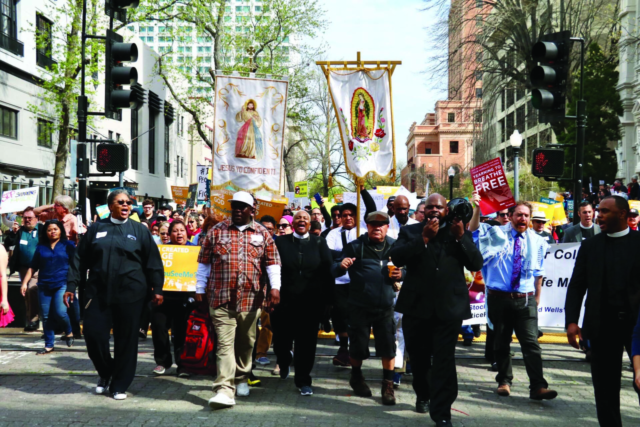 Photo/Anthony Victoria: Nearly a thousand faith based leaders and community organizers gathered in Sacramento on Mar. 15 to urge legislators to pass laws to protect immigrants and Muslims in California.