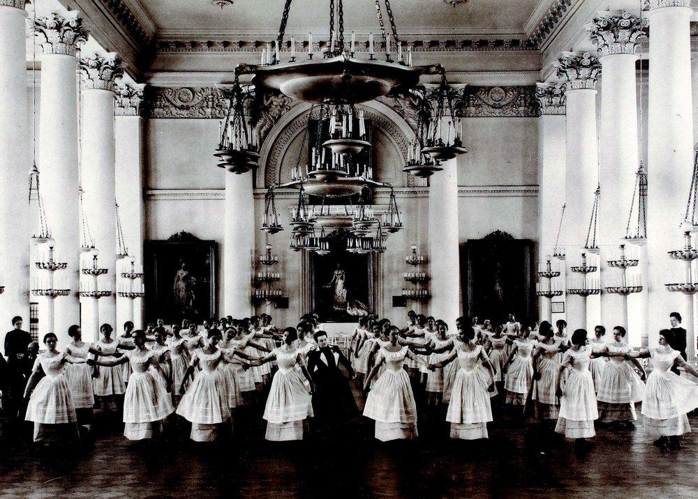 Dancing Class: The Minuet