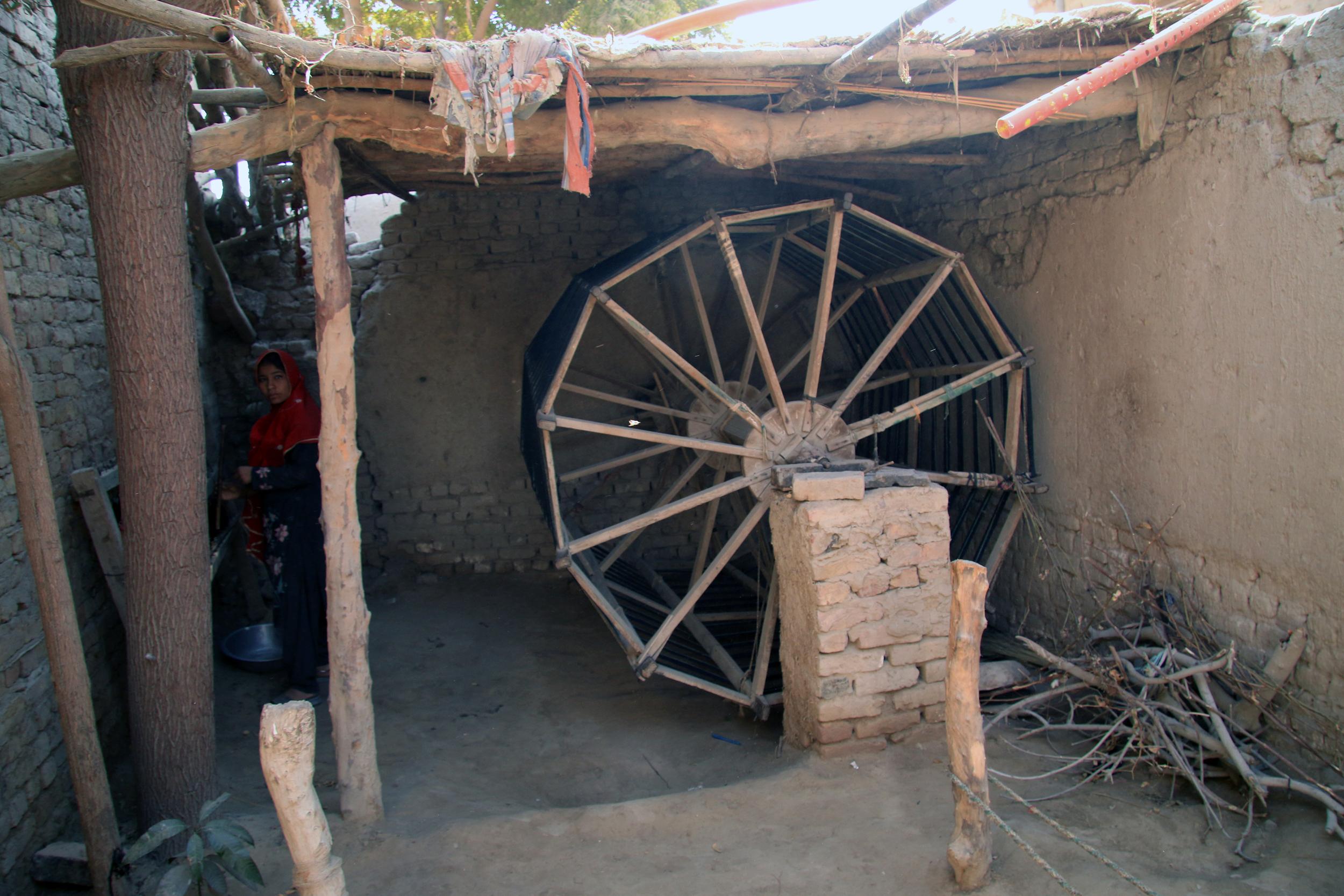 Warping mill