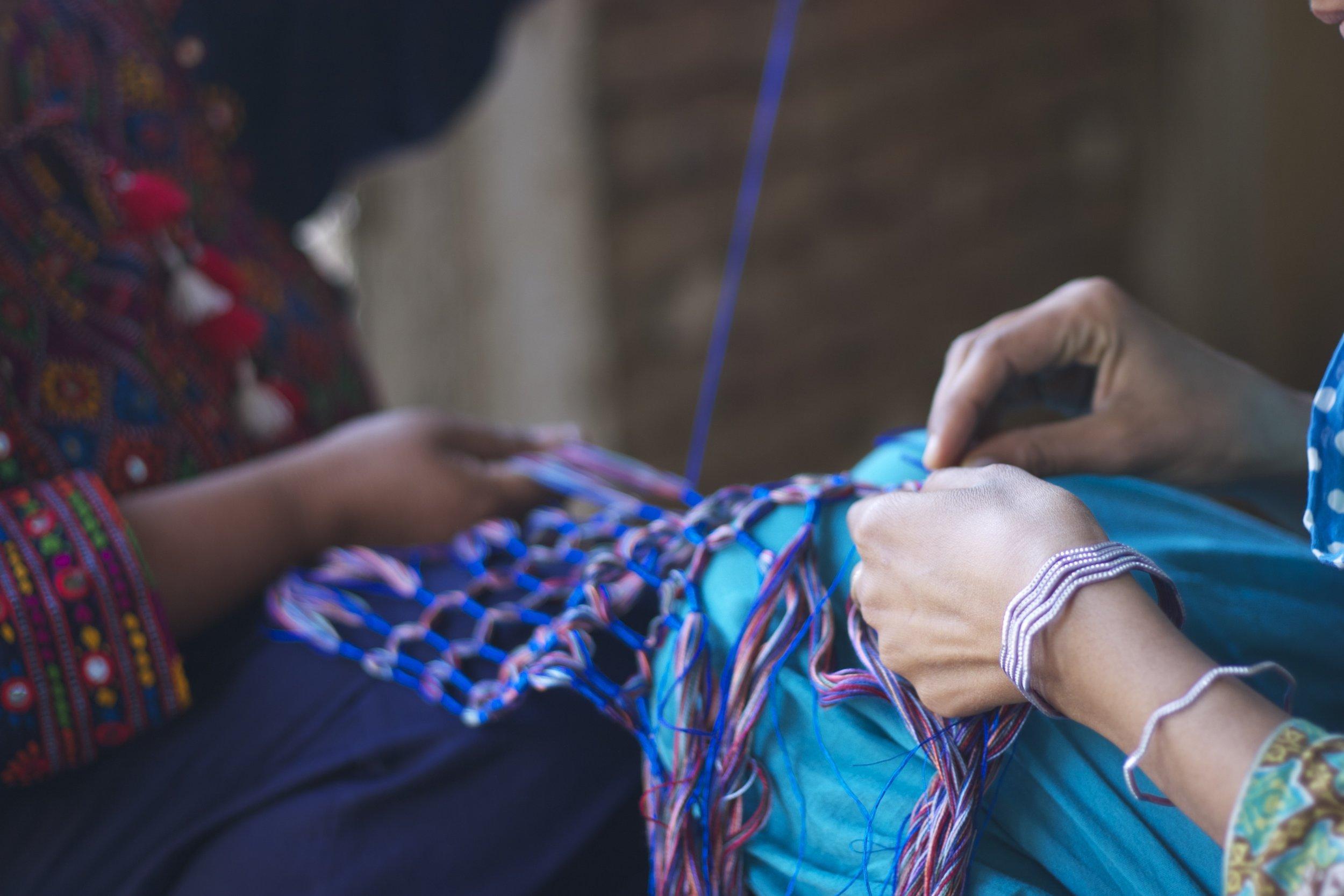 Making dori scarf 3.jpg