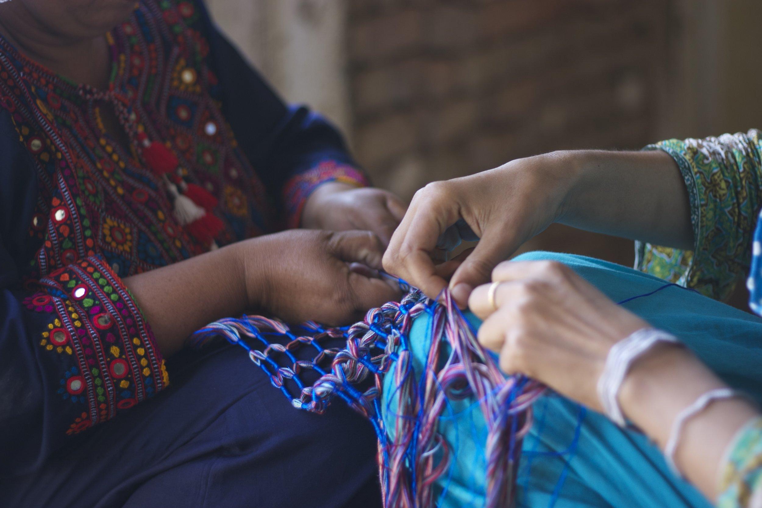 Making dori scarf 4.jpg