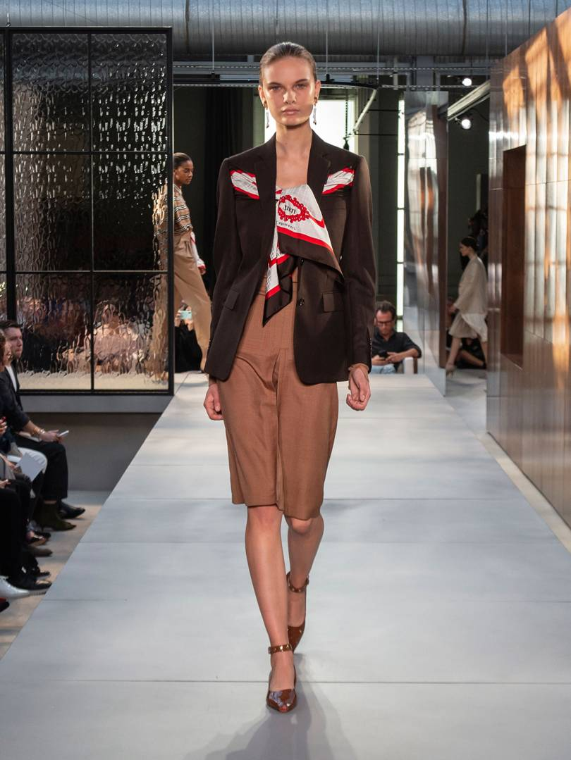 burberry-spring_summer-2019-collection-look-020.jpg