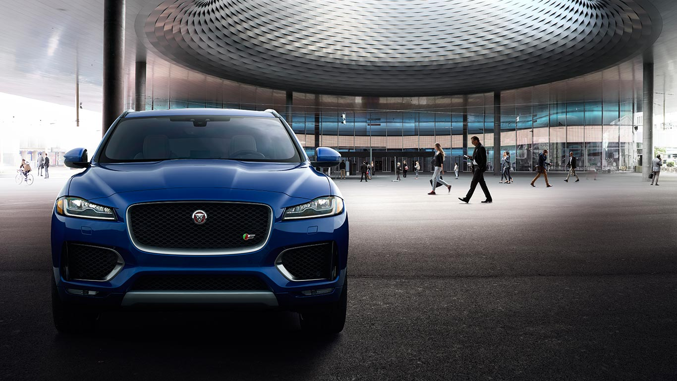 Jaguar F-PACE        2019 - Shop Now
