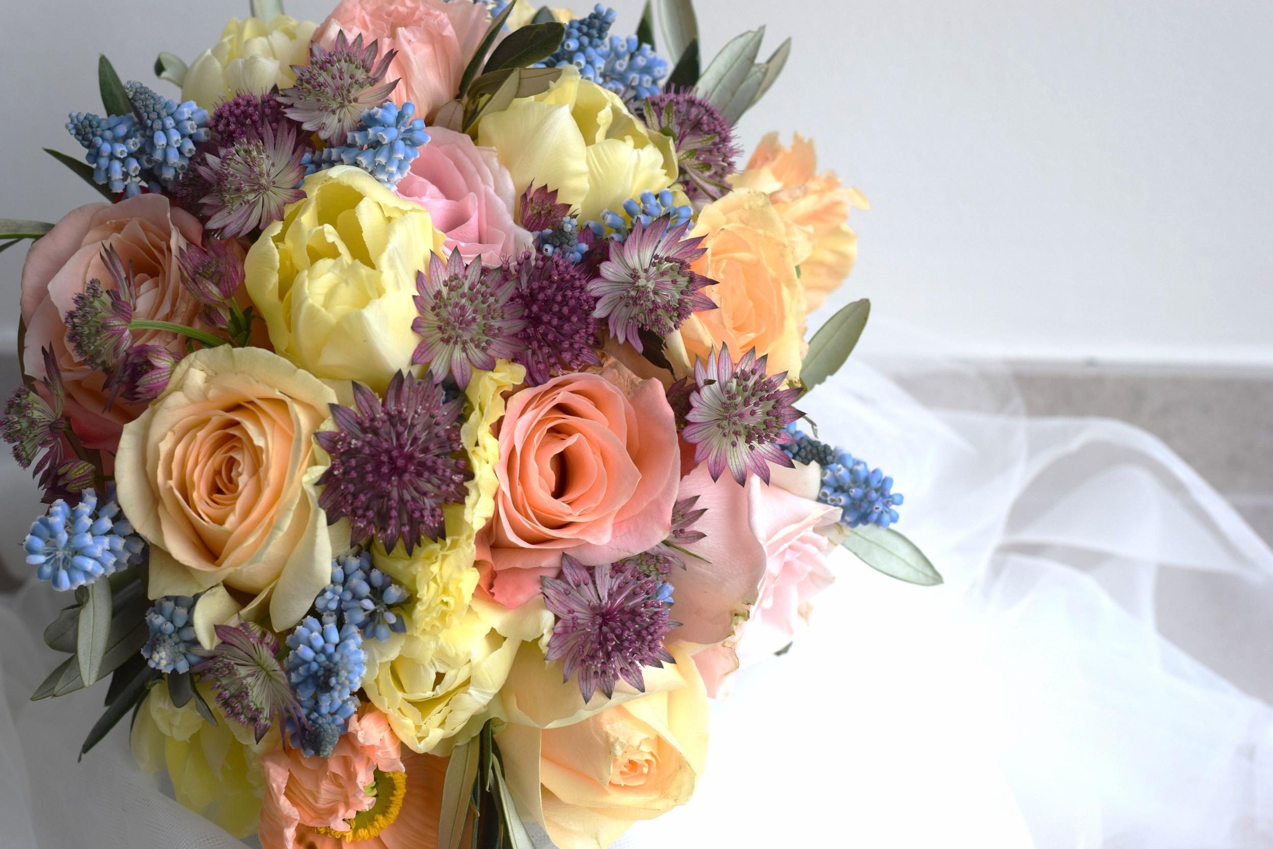 Bruids bloemwerk - Degrootebloemen.be