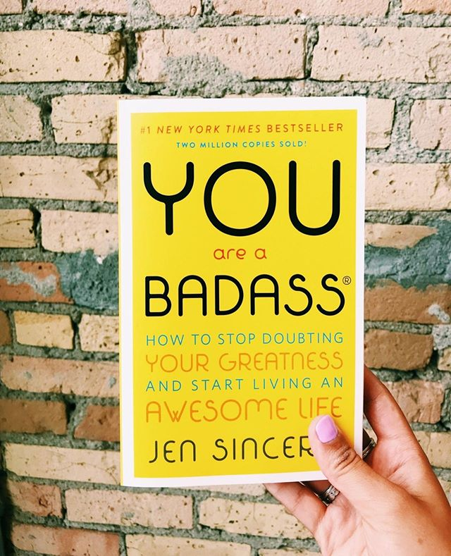 Keeping ourselves going with this great summer reading 💪⁠ ⁠ #summer #reading #badass #girlpower #womensupportingwomen #goodreads #instareads #summertime #yellow #greatbook #summerreading
