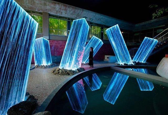 What illuminates you and gives you design inspiration? 📸 via @colossal . . . . . #realestatewithdevito #realestateagent #designinspiration #lovewhereyoulive #diseñoispirazione #设计灵感  #architecture #art #illuminate #interiordesign #lighting