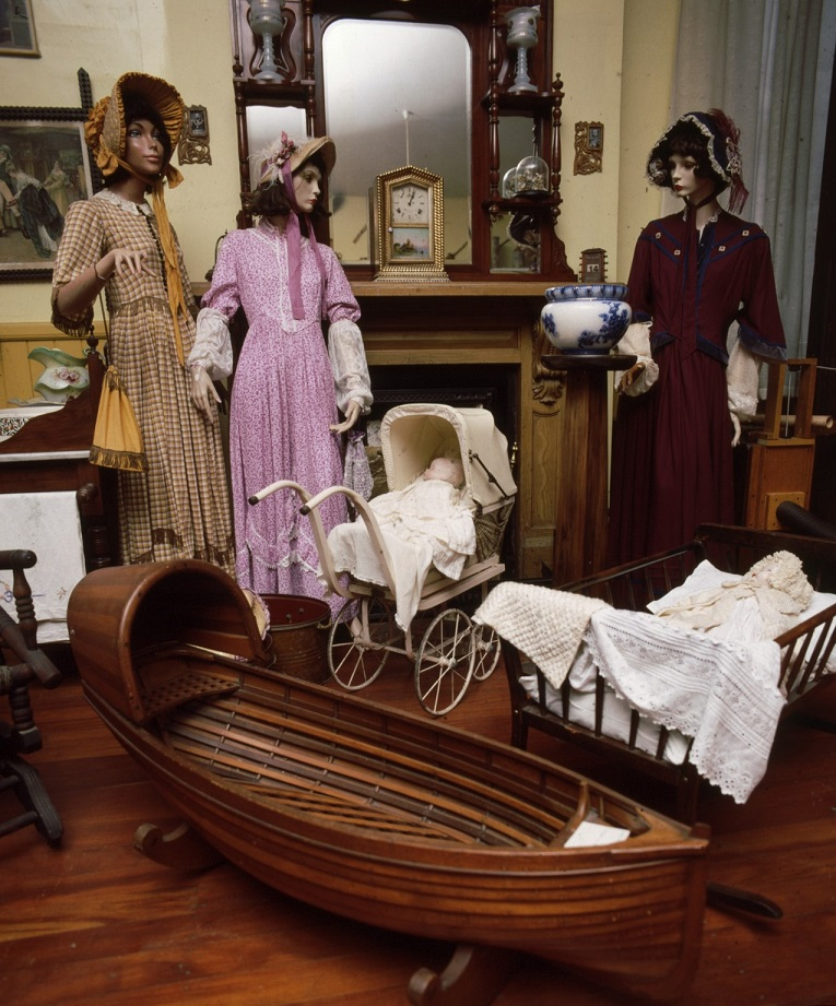 Scene from the colonial gallery.  c. Lyttelton Museum collection