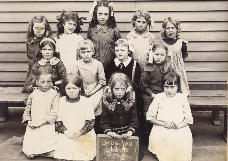 Class portrait, Lyttelton West School, 1914