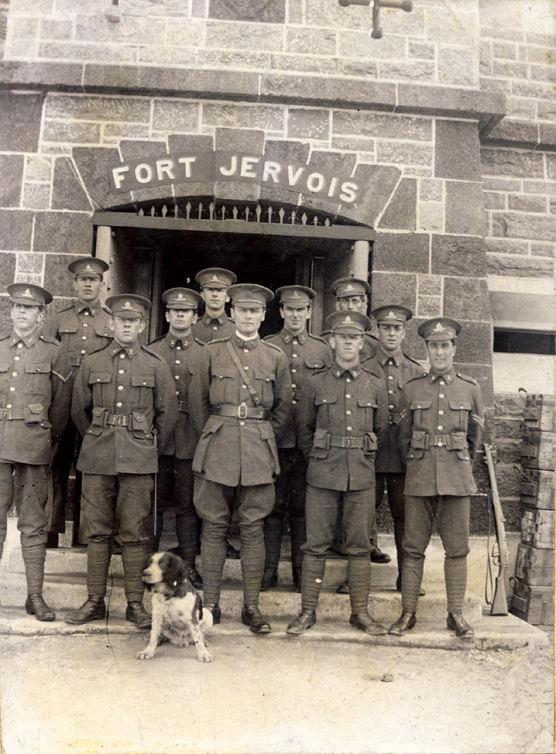 Officers at Fort Jervois, Ripapa Island, 1914