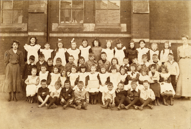 Class Portrait at Lyttelton Borough School, 1900