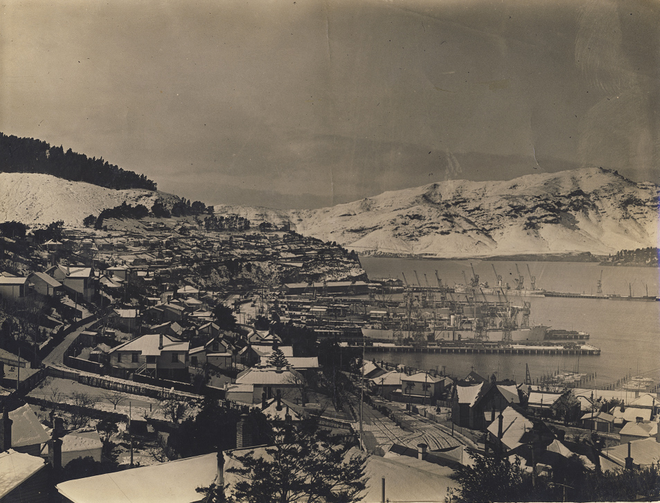 Snow day, 1945
