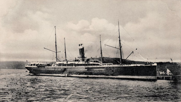 The SS Mararoa from a postcard. Source:  http://www.findboatpics.com.au/spun.html