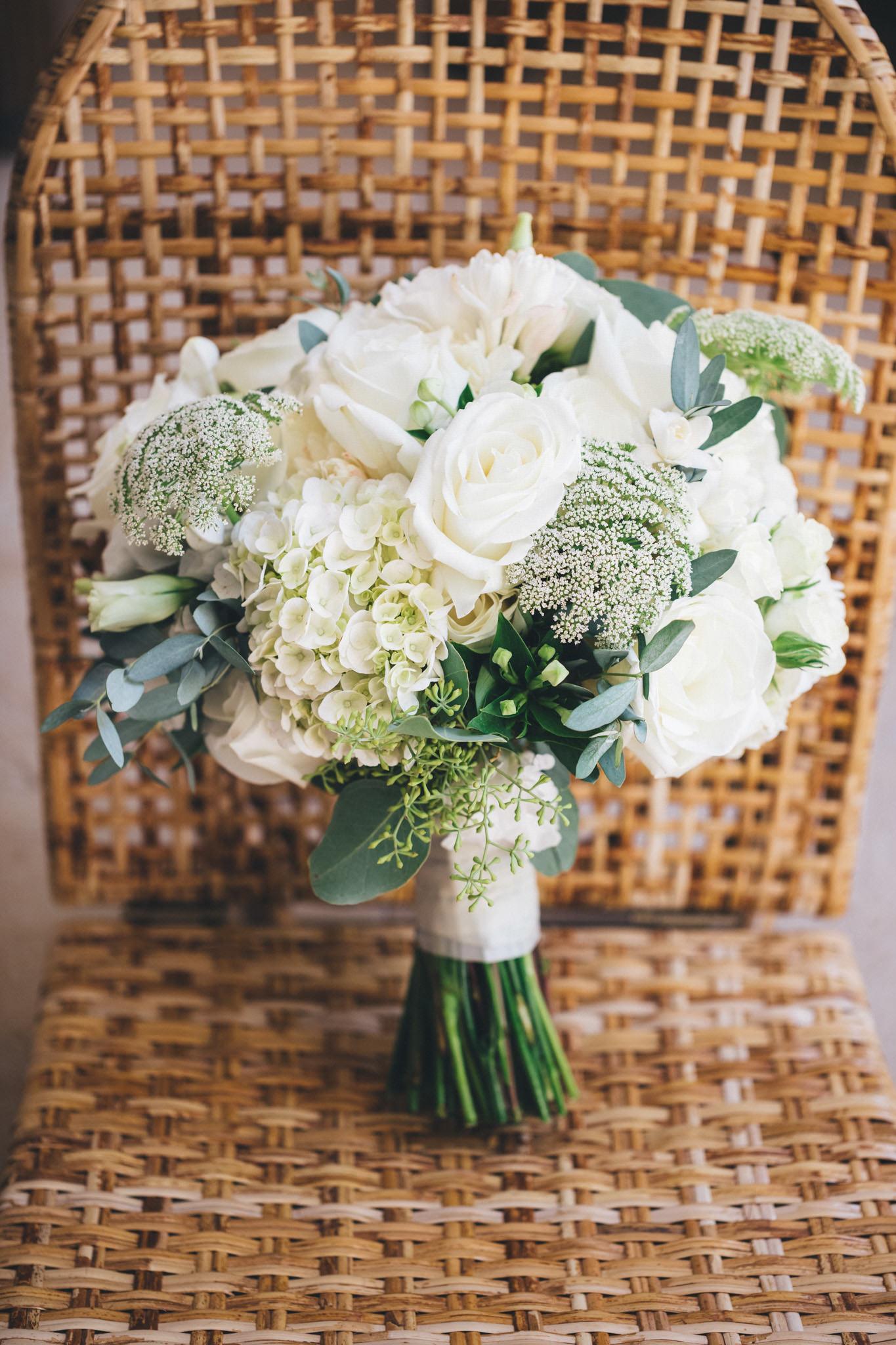 Ann-Marie-Yuen-Photography-Whale-Beach-Wedding-0007.jpg