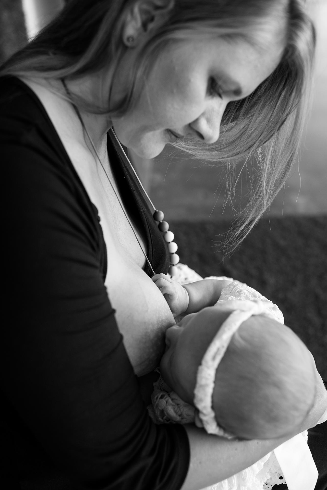 Bettina & Beatrix, 4.5 months