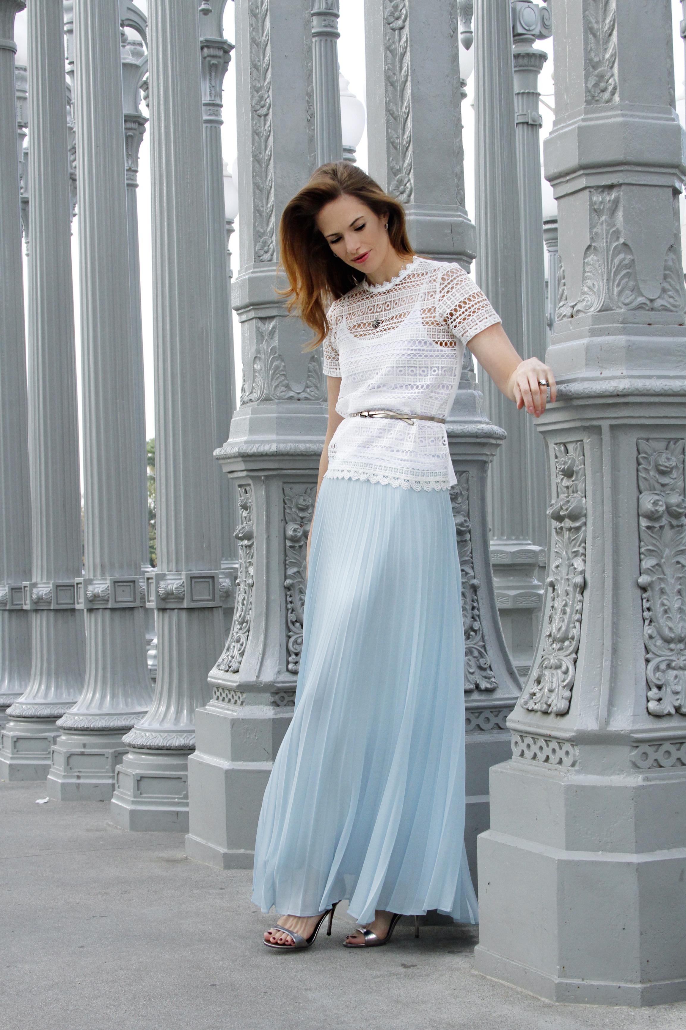 Top ,  Skirt ,  Shoes ,  similar belt