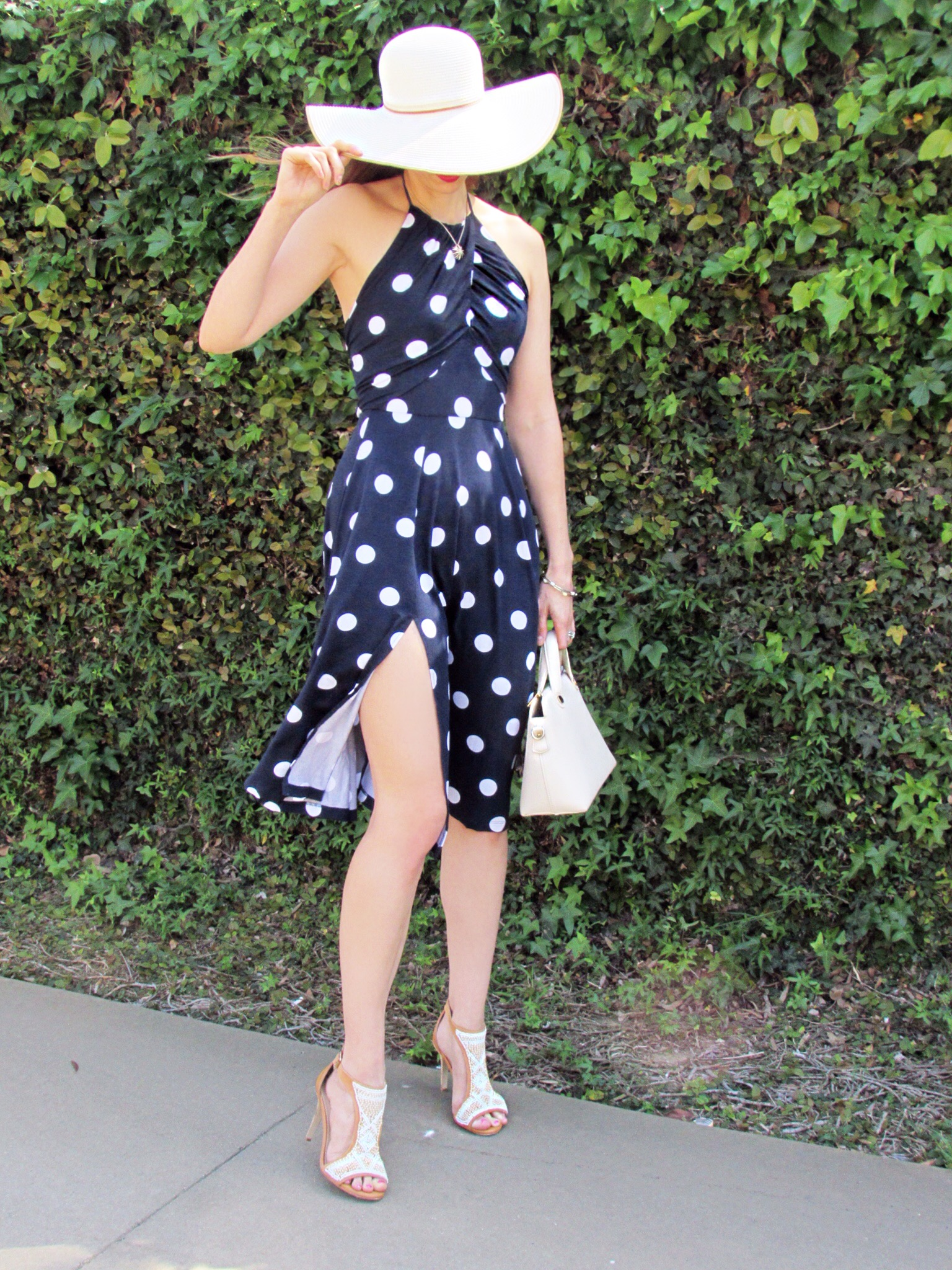 Dress ,  similar hat ,  similar bag ,  similar shoes