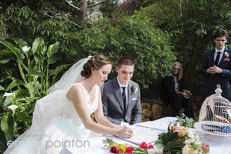 Brookside Vineyard Wedding040.jpg