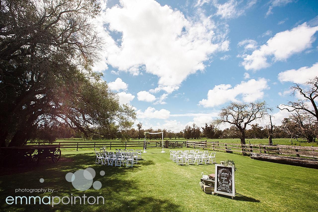 Alverstoke Farm Wedding 15.jpg