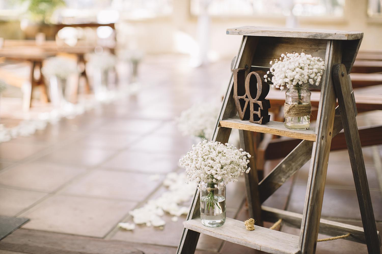 Sandalford Winery Wedding028.jpg