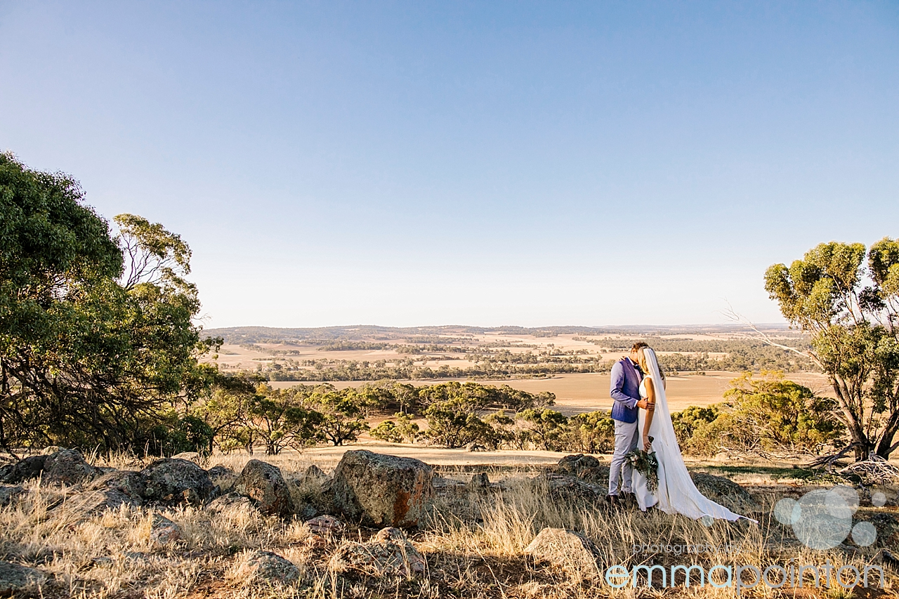 Farm Wedding in Wandering, West Australia