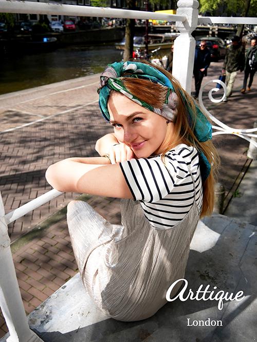 Arttique_Floortje303t.jpg