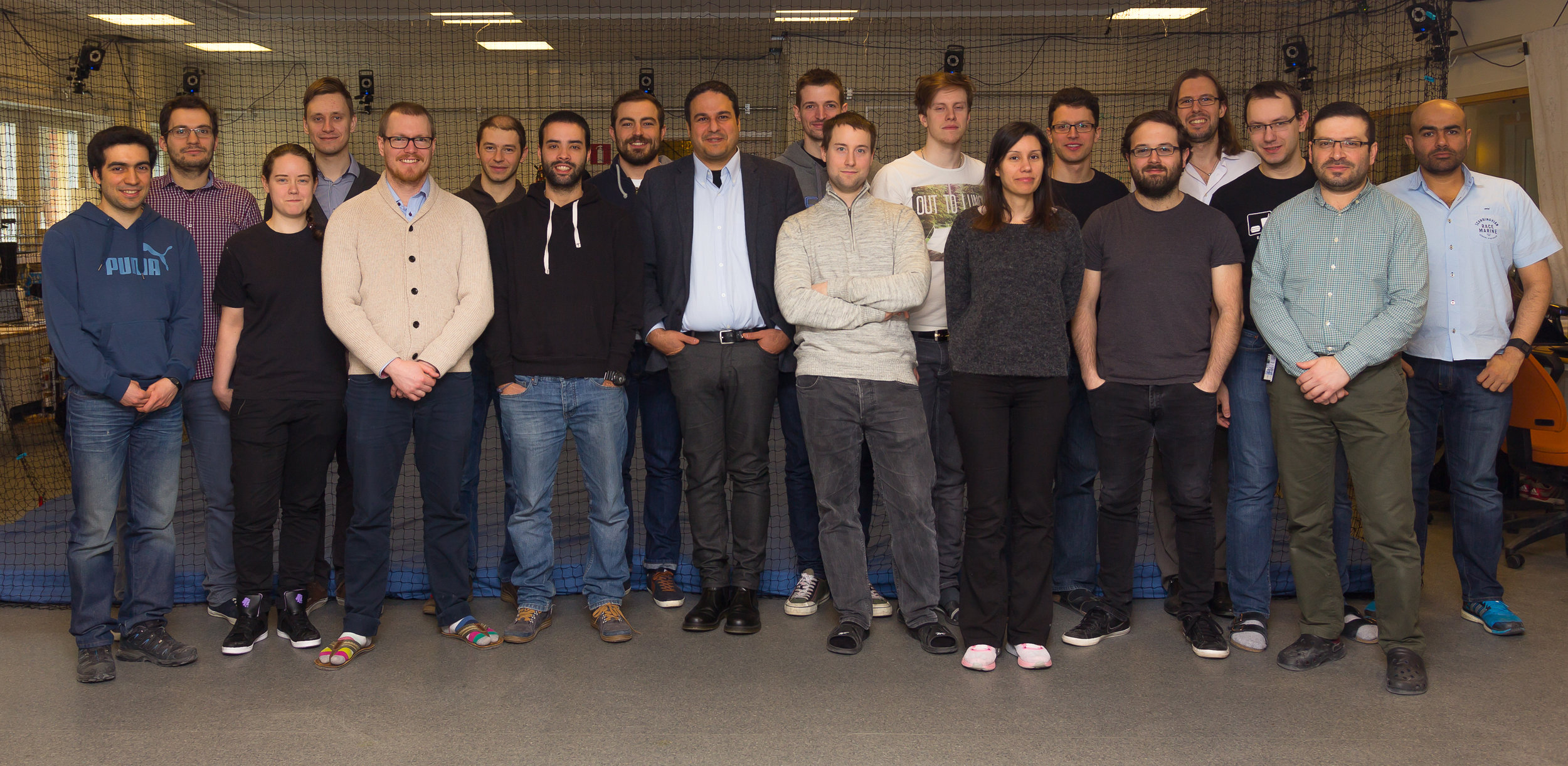 APRIL 2016 - Robotics Group Photo with some guests :-) Not the best photo but still very nice :-)