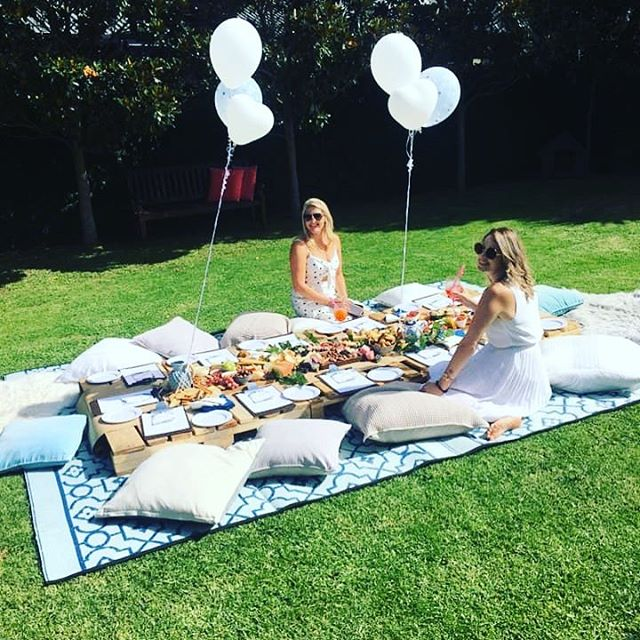 A weekend in #newzealand for a hens do...why not 😉 a lovely surprise for the bride to be, what an incredible day spent with a beautiful group of ladies. #gardenparty #grazingtables #bestfriends #ladiesday #hensday