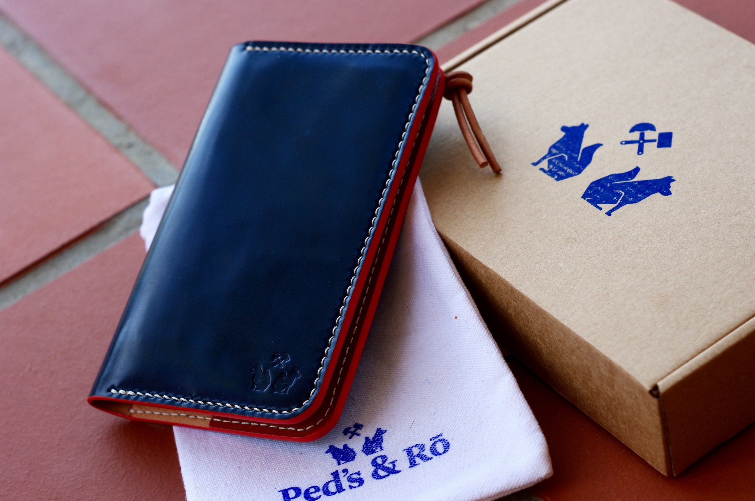Andre Wallet Finish - Packaging.jpg