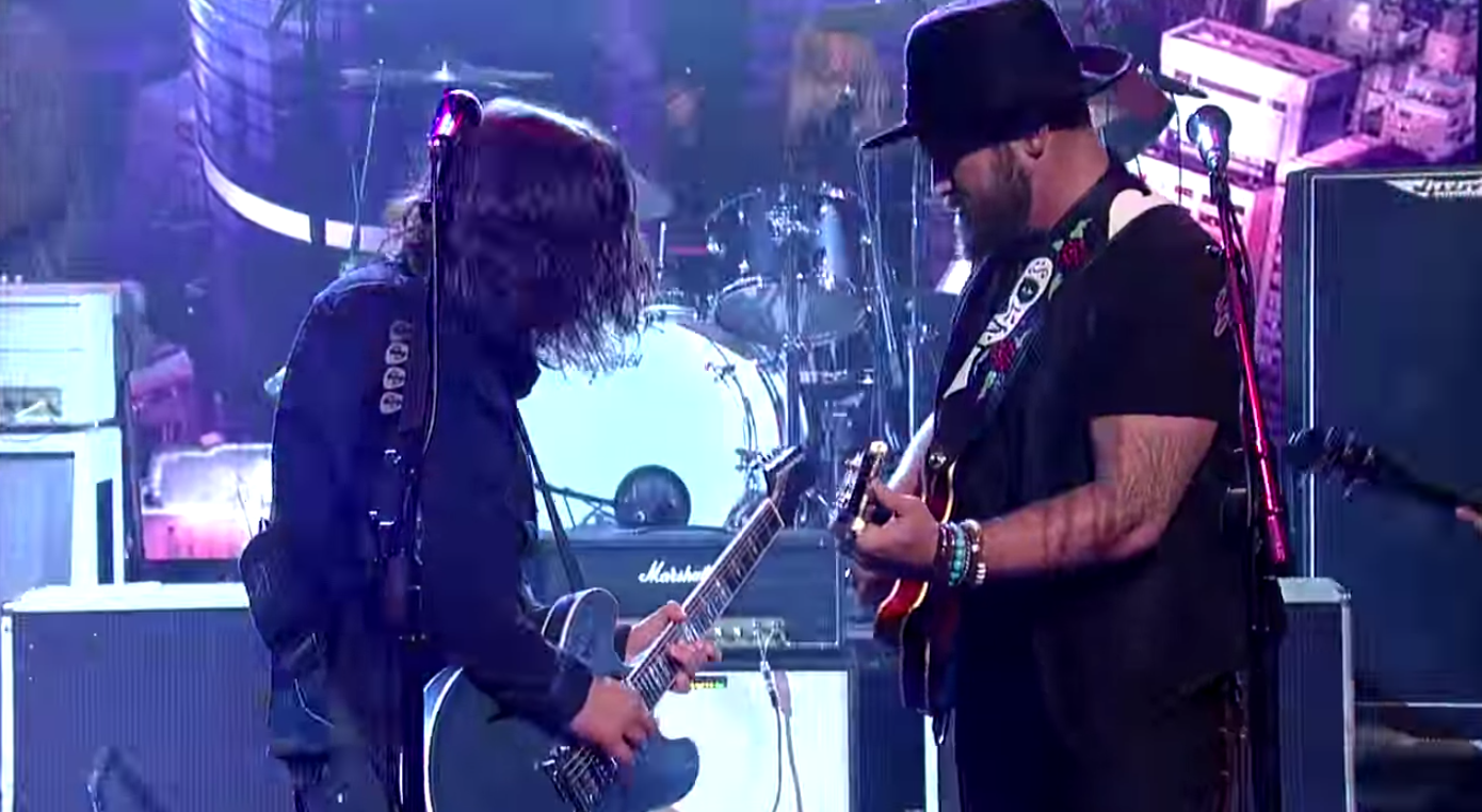 "Foo Fighters and Zak Brown shred Black Sabbath's ""War Pigs"" on Letterman."