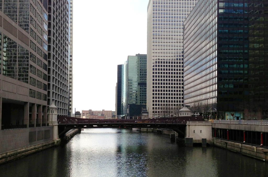 Photo Credit: Tony Becker. Taken on the walk from the Ogilvie Transportation Center to the meeting site.