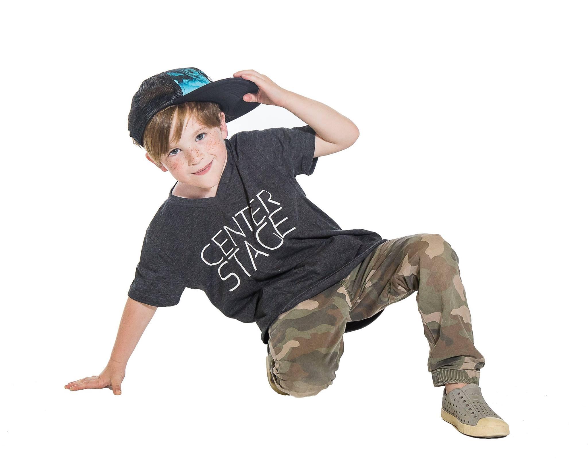 Мальчик танцор картинки