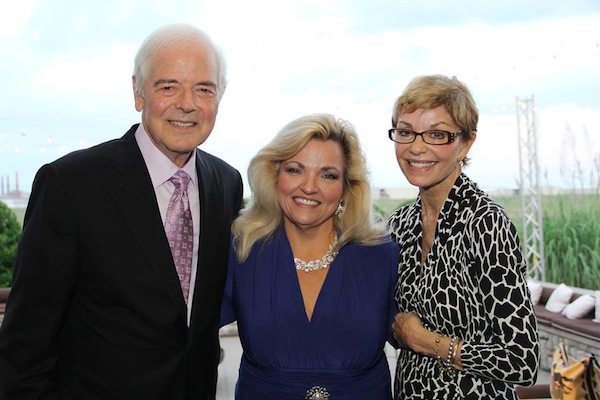 Nick Clooney and wife, Nina Warren, with 917 Director, Joni Bryan, at the 917 Society fundraiser.