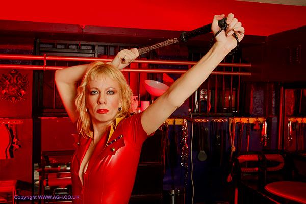 Red-latex-Mistress-London-Reading-Kent