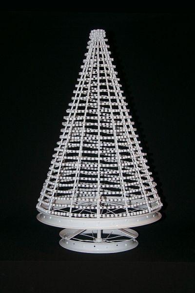 white_tree_2__683x1024_-296-400-600-80.jpg