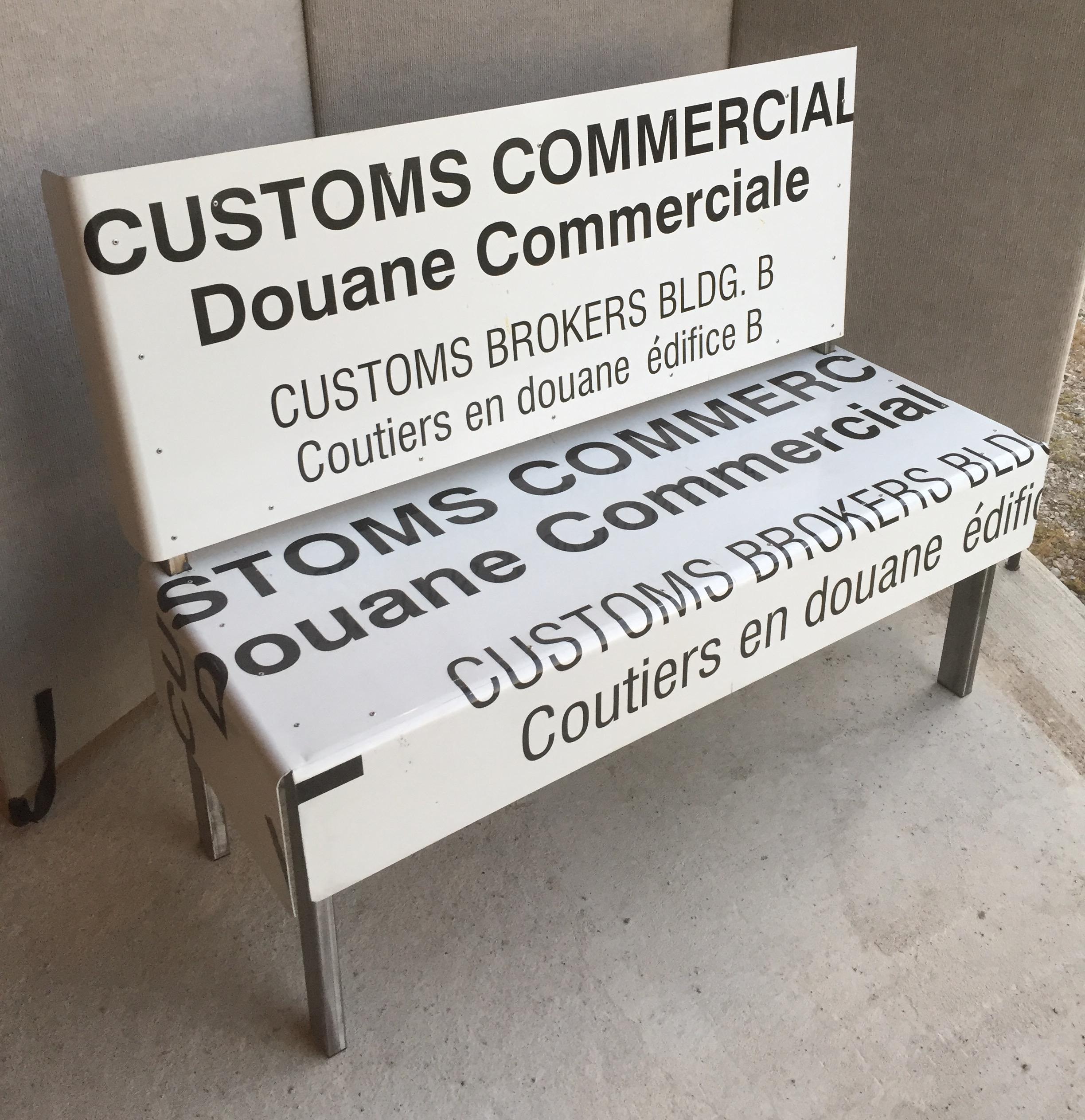 customes bench.jpg