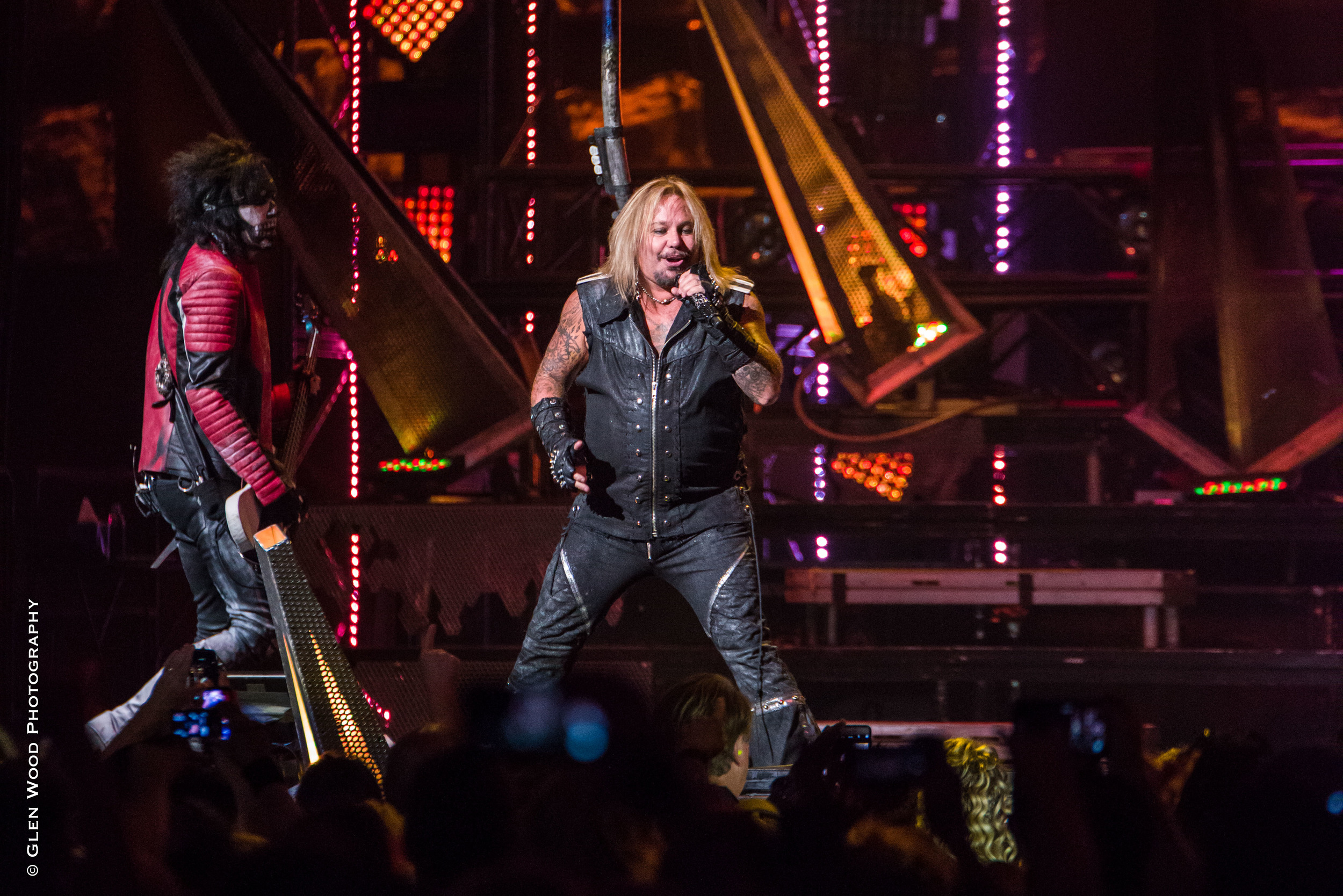Motley Crue - Final Tour - 2015-4247.jpg