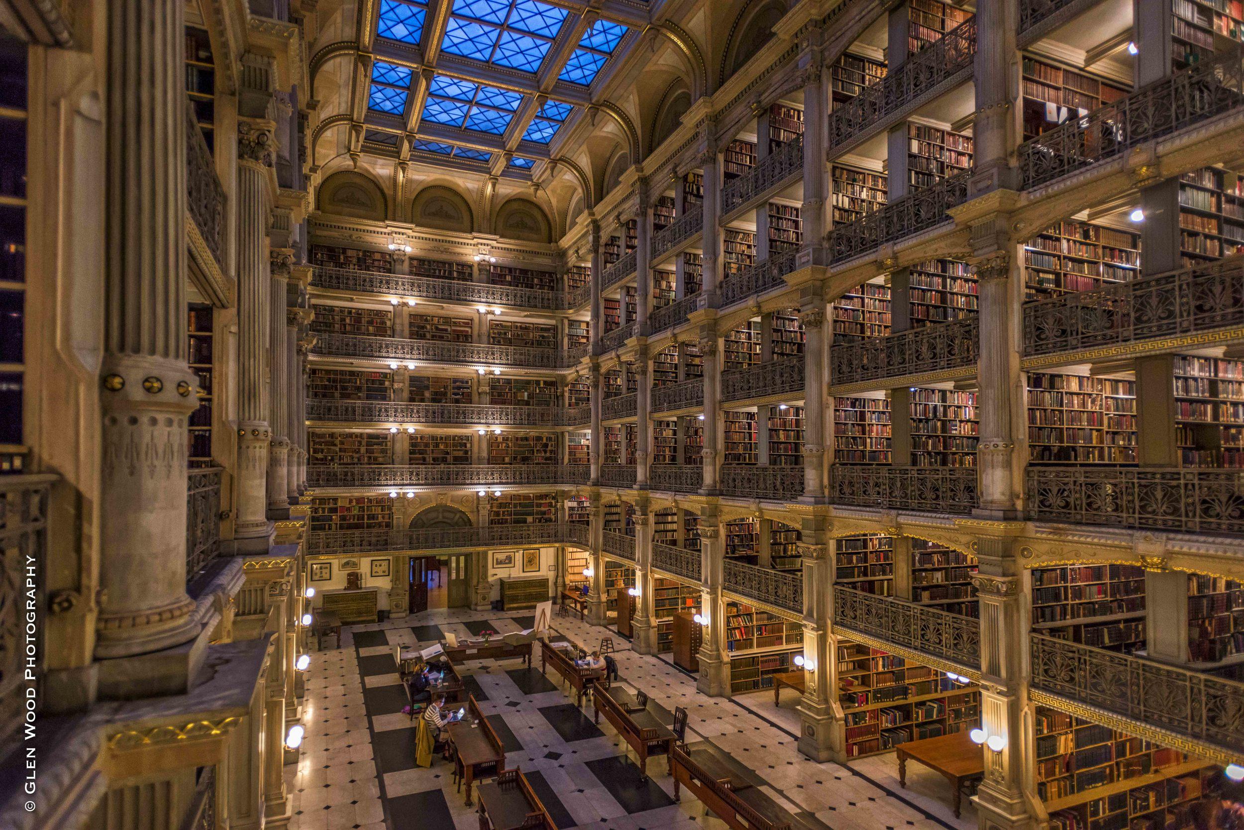 Peabody Library--8.jpg